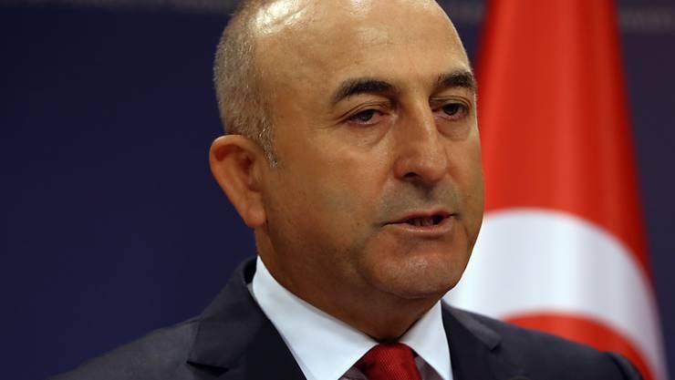 Der türkische Aussenminister Mevlüt Cavusoglu versucht, in der Katar-Krise direkt in der Golfregion zu vermitteln. (Archivbild)