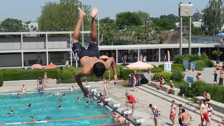 Die SP möchte freien Eintritt in die Badi für alle Solothurner Einwohner