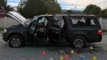 Das zerschossene Auto der San Bernardino-Attentäter Syed Rizwan Farook und Tashfeen Malik.