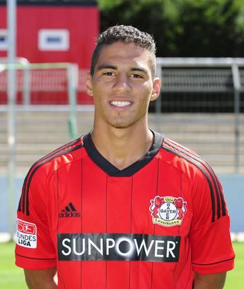 Nach einem kurzen Gastspiel beim damaligen Zweitligisten Jahn Regensburg kehrte er nach Brasilien zurück.