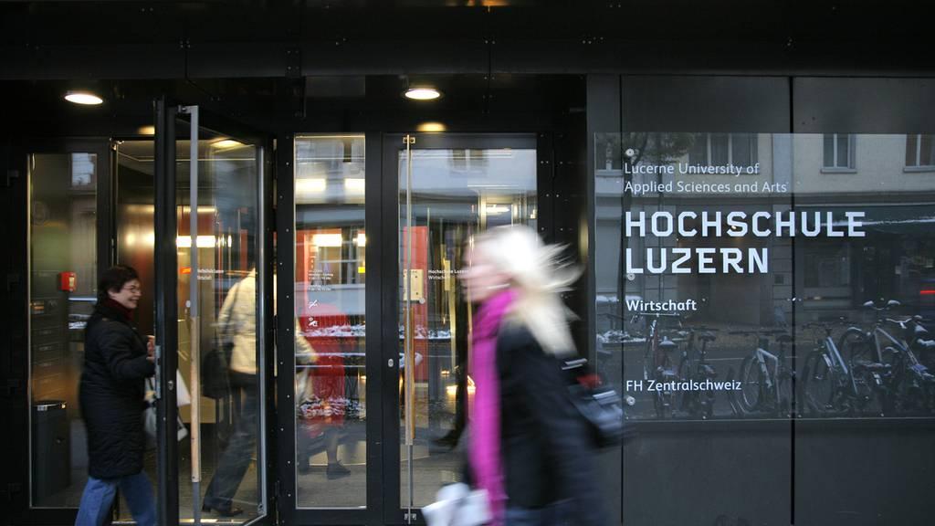Mehrheit der Zentralschweizer Hochschulen bleibt bei Fernunterricht