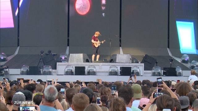 Ed Sheeran und seine Gitarre verzücken 48'000 Zuschauer