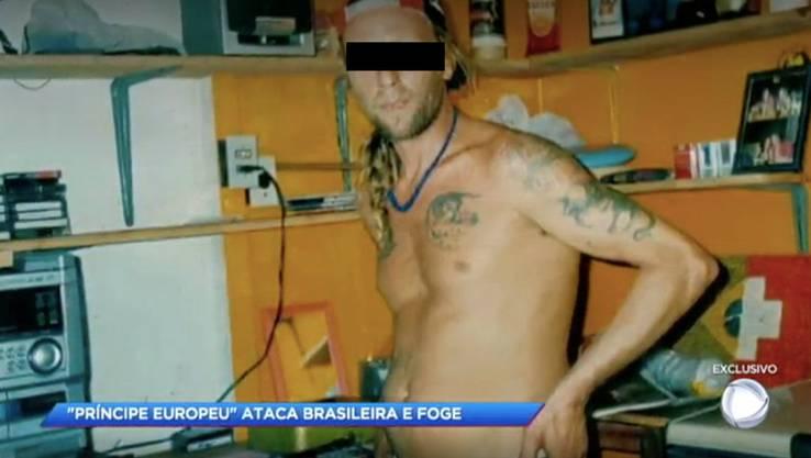 Wanted: Nach diesem Schweizer fahndet die brasilianische Bundespolizei. Im Hintergrund ein Bild, das je zur Hälfte die Brasilien- und die Schweizer-Flagge zeigt.