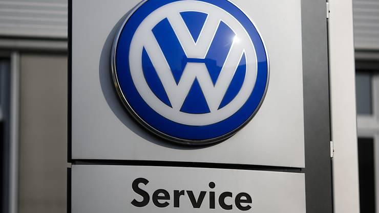 Die schlechten Nachrichten reissen nicht ab: Auch eine weitere VW-Software in Diesel-Motoren wird in den USA untersucht. (Symbolbild)