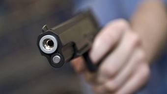 Der Angriff erfolgte mit einer Schusswaffe (Symbolbild)