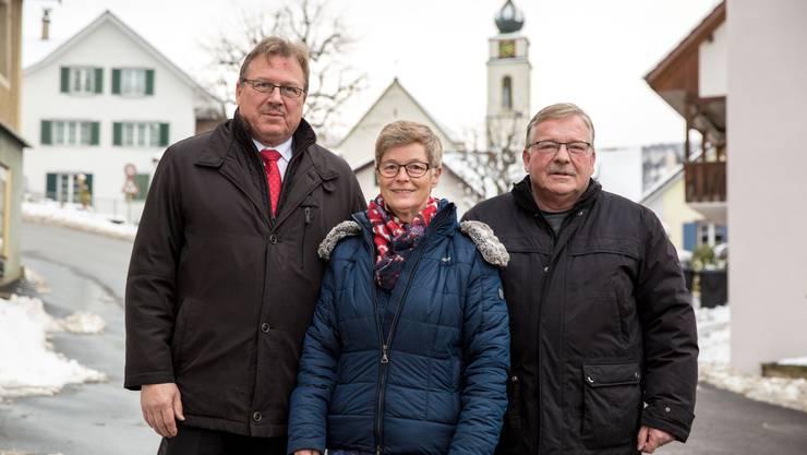 Drei wichtige Stimmen in der CVP Mümliswil: v.l. Ortsparteipräsident und Kantonsrat Alois Christ, alt Nationalrätin Elvira Bader und Gemeindepräsident Kurt Bloch.