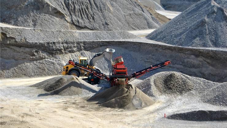 Im Gebiet Untere Rütenen betreibt der Baustoffhersteller Holcim bereits eine Kiesgrube. Nun plant das Unternehmen zwischen Rheinfelden und Möhlin eine weitere Grube sowie ein Kieswerk.