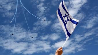Israel feierte am Donnerstag zum 71. Mal seinen Unabhängigkeitstag. Traditionell werden dabei über vielen Städten Flugschauen abgehalten.