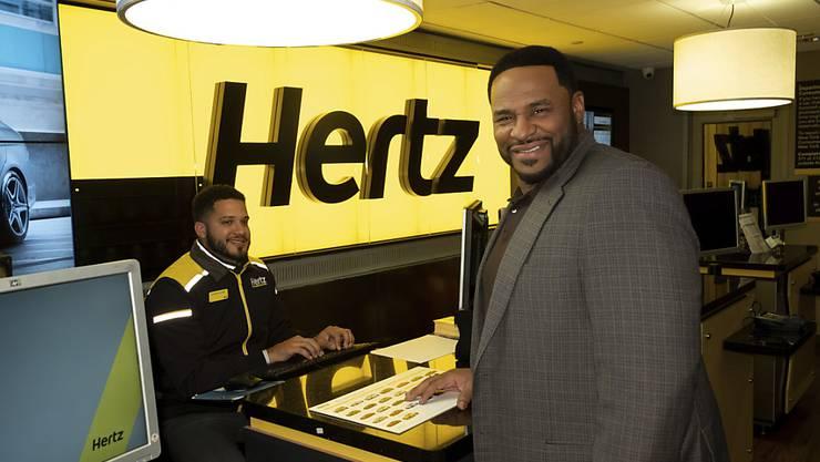 Der Autovermieter Hertz baut in den USA wegen der Coronakrise 10'000 Stellen ab. (Archivbild)