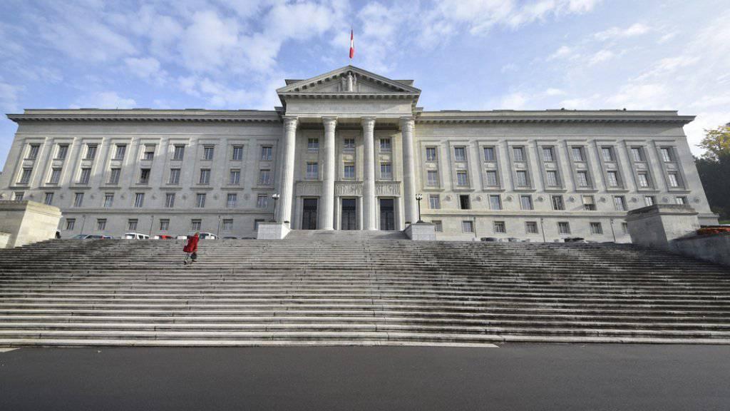 Das Bundesgericht soll sich nach Ansicht des Bundesrates vermehrt mit Rechtsfragen von grundsätzlicher Bedeutung befassen können. (Archiv)