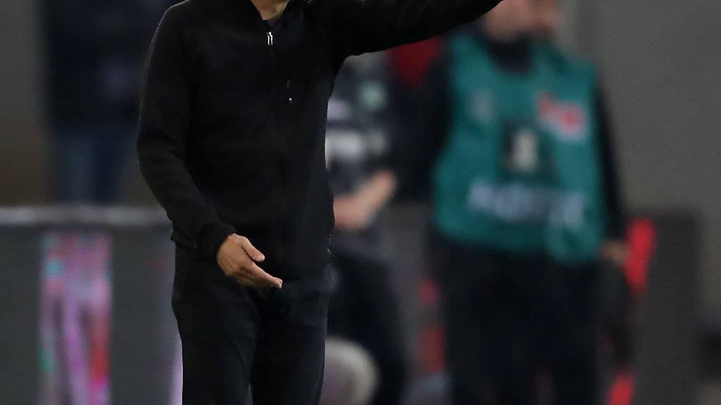 Hat gegen Hannover einiges zu korrigieren: BVB-Coach Lucien Favre
