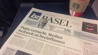 Die Virenphobie verfolgt uns unter anderem beim Greifen nach einer Zeitung im Zug.
