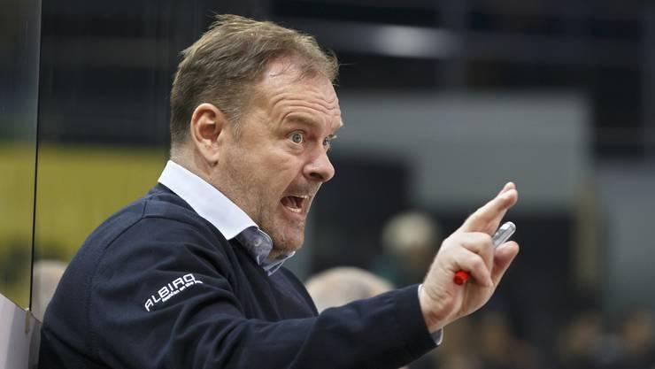 Tigers-Coach Heinz Ehlers schwebt mit seinem Team auf der Erfolgswelle.