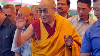 Der Dalai Lama, hier an einer Veranstaltung in Dharmasala in Indien, fordert von Aung San Suu Kyi mehr Engagement für die Rohingya in Myanmar (Archiv)