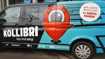 Mit fünf solchen Kleinbussen testete PostAuto ein neues Mobilitätsangebot in der Region Brugg AG. Fazit: Es funktioniert, aber das Geld fehlt.