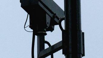 Kamera zur Überwachung (Archiv)