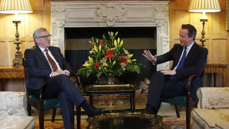 David Cameron spricht mit dem Präsidenten der EU-Kommission, Jean-Claude Juncker über die EU-Mitgliedschaft Grossbritanniens