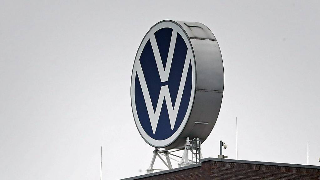 VW erzielt überraschend hohen Semestergewinn. (Archivbild)