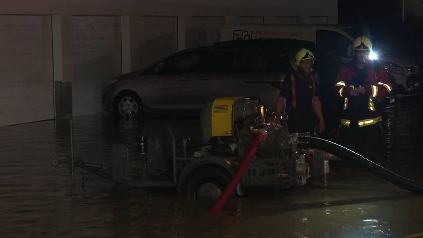 Überschwemmungen in Vordemwald (AG): Starkes Gewitter setzt halbes Dorf unter Wasser