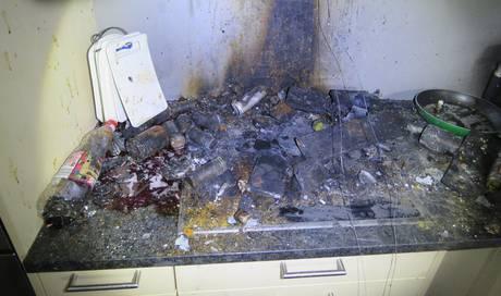 Pfanne mit Öl vergessen: Brand in Mehrfamilienhaus richtet grossen Sachschaden an