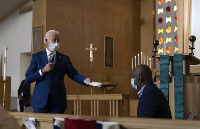 Joe Biden verdeutlichte mit seinem Auftritt, dass er ganz andere Ansichten hat wie Donald Trump, der die Stadt am Dienstag besuchte.