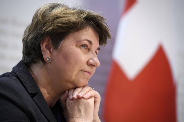 Martullo kritisiert die Armeeapotheke von Verteidigungsministerin Viola Amherd.