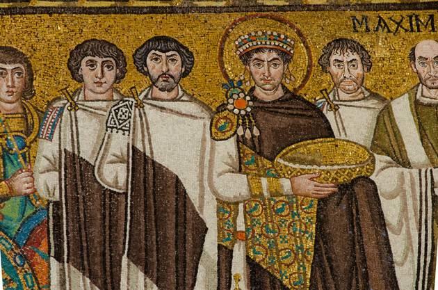 Kaiser Justinian, Mosaik in der Kirche San Vitale in Ravenna (Ausschnitt).