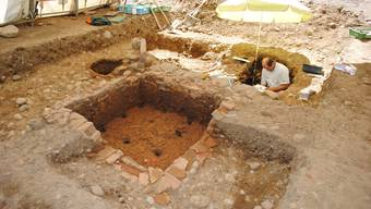 In Laufenburg wurden neben Teilstücken einer Römerstrasse auch römische Töpferöfen gefunden. Dieses Bild zeigt die Ausgrabungsarbeiten.