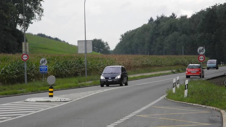 Die Fahrbahnbreite der Baselstrasse muss von 7.50 m auf 7.00 m reduziert werden.