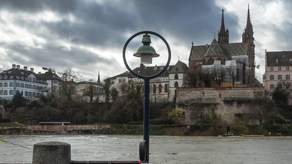 Rheinschifffahrt in Basel teilweise wieder möglich