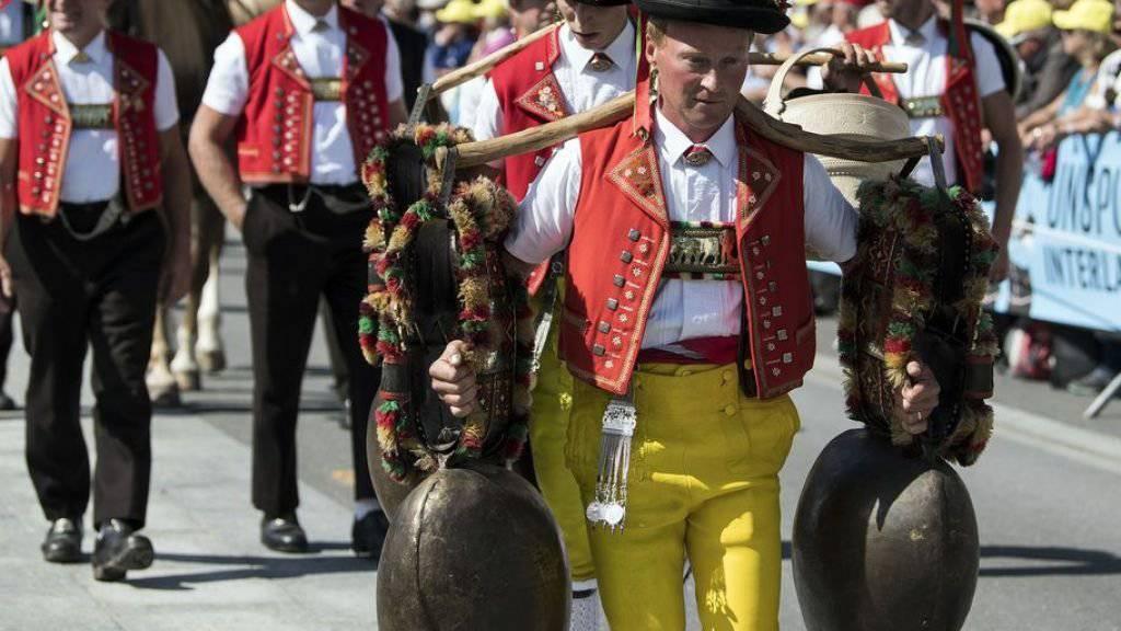 Das Unspunnenfest, das dieses Wochenende stattfindet, ist eine von 199 Lebendigen Traditionen, die es auf die Schweizer Liste der schützenswerten immateriellen Kulturgüter geschafft hat. Die Liste ist online (http://www.lebendige-traditionen.ch): eine Einladung zum Stöbern und Schmökern. (Archiv)