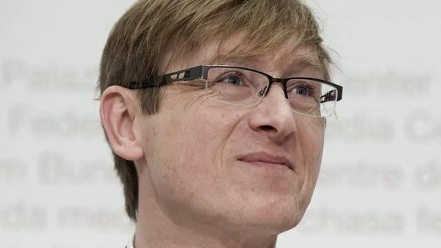 Preisüberwacher Stefan Meierhans fordert, die Gerichte sollten die Spitaltarife prüfen. (Archiv)