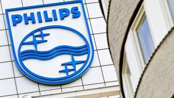 Philips hat im zweiten Quartal aufgrund von Wertberichtigungen weniger verdient. (Archiv)