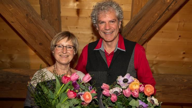Die Gäuer Spielleute ernennen Margot Leuenberger und Christoph Schwager zu Ehrenmitgliedern.
