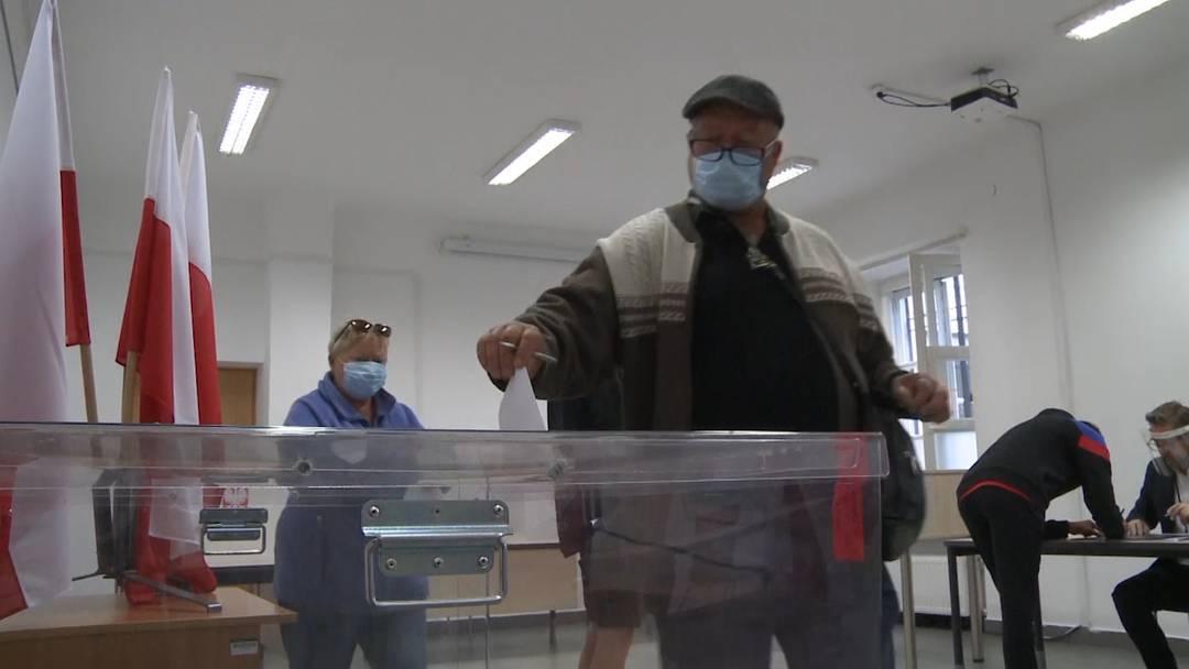 Trotz Corona: Hohe Wahlbeteiligung in Polen