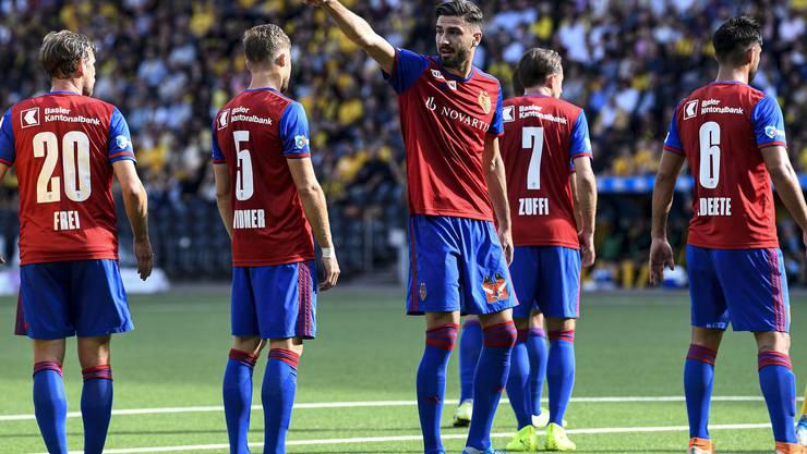 Der FCB holt in Bern ein 1:1 und bleibt Tabellenführer.