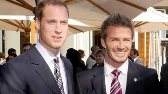 Fussballfan Prinz William, hier mit David Beckham bei der WM 2010 in Südafrika