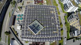 Photovoltaikanlage auf der «Kindercity» in Volketswil mit 113 Kilowatt installierter Leistung, realisiert 2016 durch denVerein Solarspar aus Sissach.