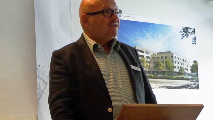 Zentrumsleiter Michael Hunziker referiert vor der MV Hauswirtschaft Aargau