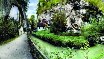 Zwei der vielen Panorama-Fotos, wie sie im neuen Buch über den Kanton Solothurn zu finden sind. Die Einsiedelei bei Solothurn...