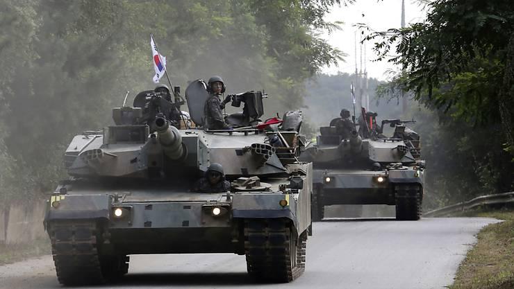 Als Antwort auf Nordkoreas jüngsten Bombentest lässt Südkorea in mehreren Übungen das Militär auffahren.