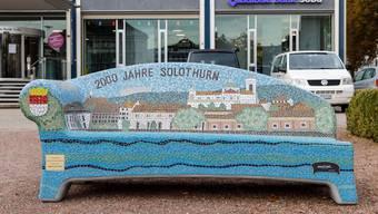 Diese Sitzbank schenkte die Baloise Bank SoBa der Stadt.