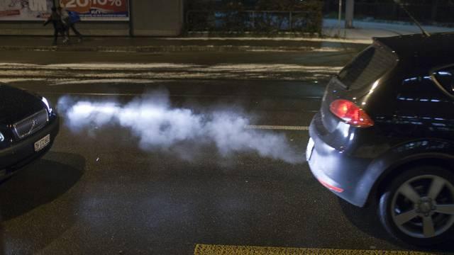 Verbindliche Abgasvorschriften könnten den Schweizer Klimaschutz noch verbessern (Symbolbild)