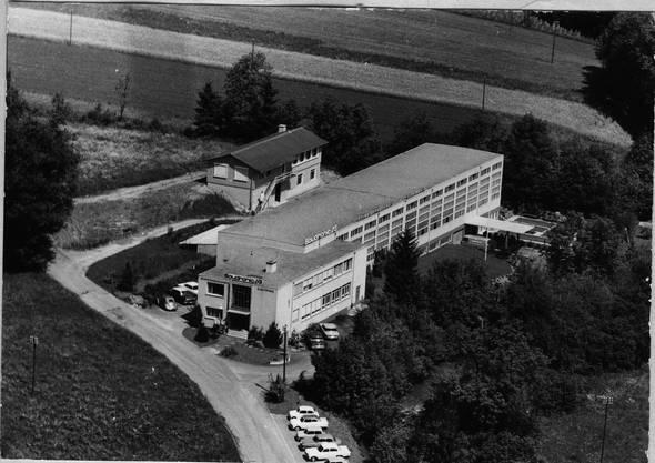 Das noch bescheidene Gebäude der Soudronic 1964 in Bergdietikon.