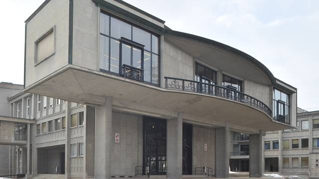 Vor allem neuere Architektur lockte die Zuschauer an: Das Gebäude Université Miséricorde in Freiburg (Bild: Service des biens culturel Fribourg)