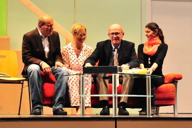 Rolf Jorns (Mike Weber), Jeannette Binder (Jacqueline Bysäth), Heinz Binder (Peter Rathgeb) und Bettina Jorns (Andrea Keller)
