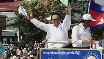 Opposition in Kambodscha ausgeschaltet: CNRP-Chef Kem Sokha und zahlreiche weitere Parteimitglieder dürfen fünf Jahre lang keine öffentlichen Ämter ausüben, die Partei wurde aufgelöst. (Archivbild)