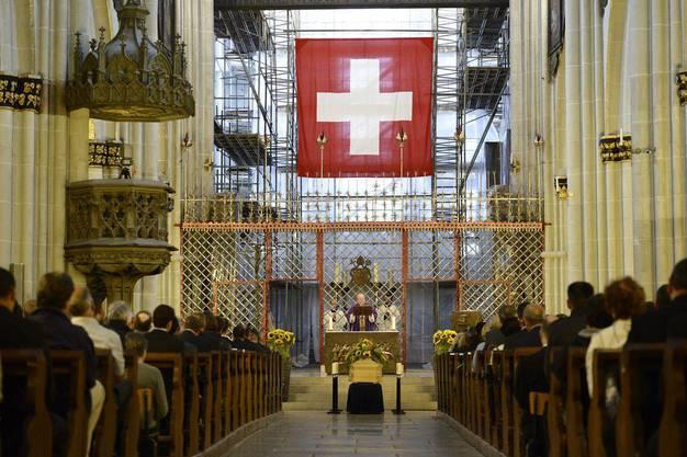 Beerdigungszeremonie für Carsten Schloter