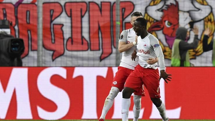 Der Anfang der Wende: Salzburgs Amadou Haidara feiert das 2:1 der Österreicher gegen Lazio Rom