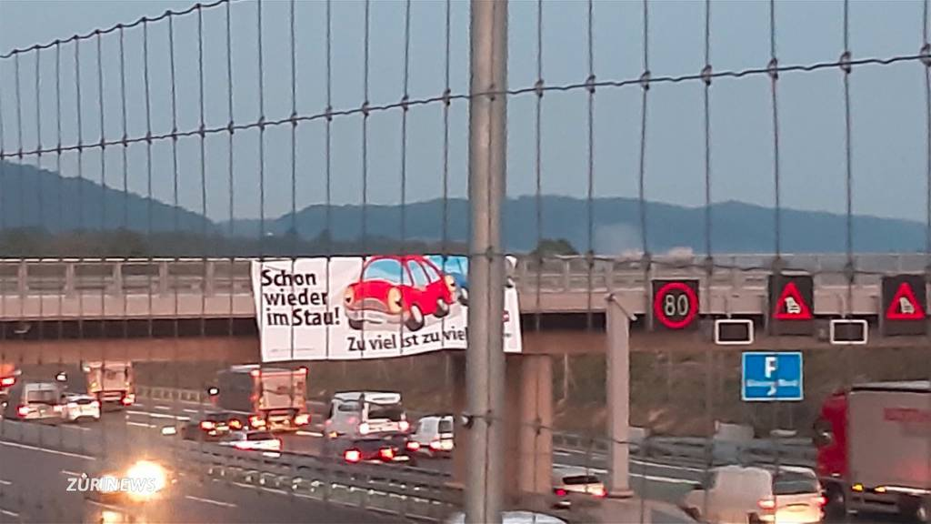 SVP wirbt mit illegalem Plakat beim Gubrist für die Begrenzungsinitiative